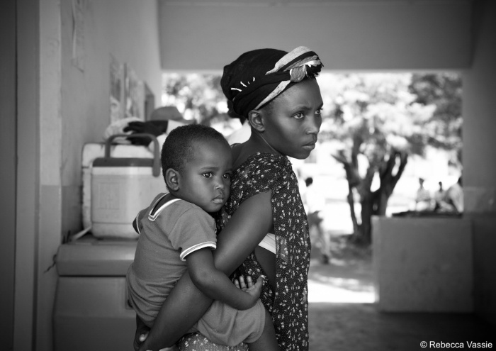 Mother and Child - Bukomansibi Camp - The Rebecca Vassie Memorial award interview on PhotoAid Global F8